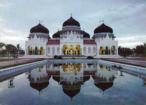 Tourist Attraction: Baiturrahman Grand Mosque, Banda Aceh, Sumatra, Indonesia