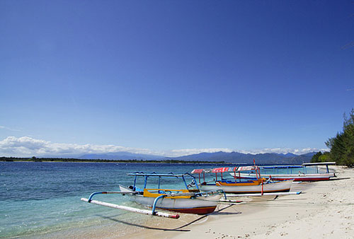 Boats at Gili Trawangan beach, Lombok, Indonesia