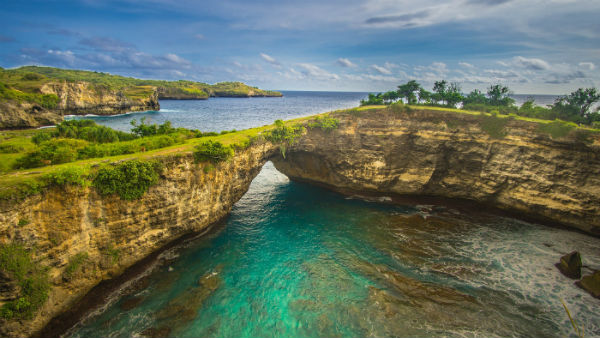 Broken beach / bay at Nusa Penida, Bali