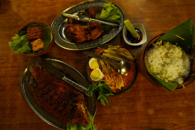 Indonesian dishes at Inggil Restaurant, Indonesia