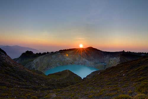 Sunrise at Mount Kelimutu, Flores
