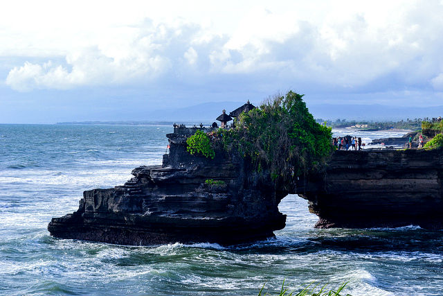 Side view of Pura Tanah Lot Temple, Bali, Indonesia